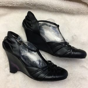 Mossimo ladies wedge heels